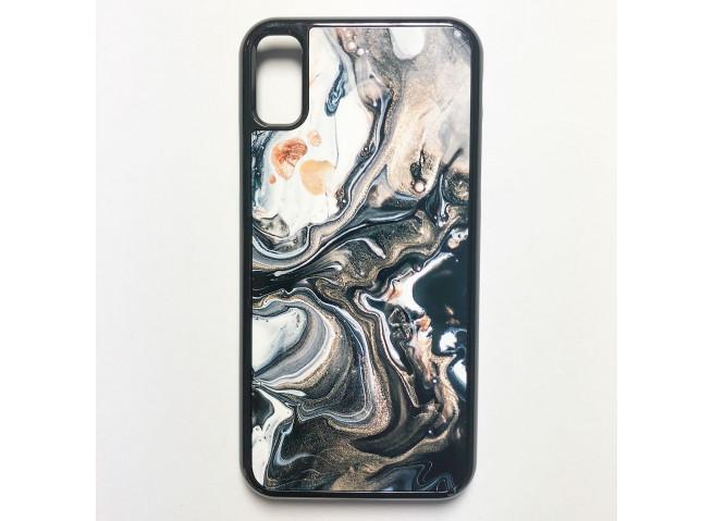Coque iPhone X/XS Texture Lave Noire et Or