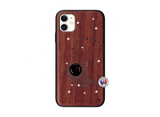 Coque iPhone 11 Astro Girl Bois Walnut