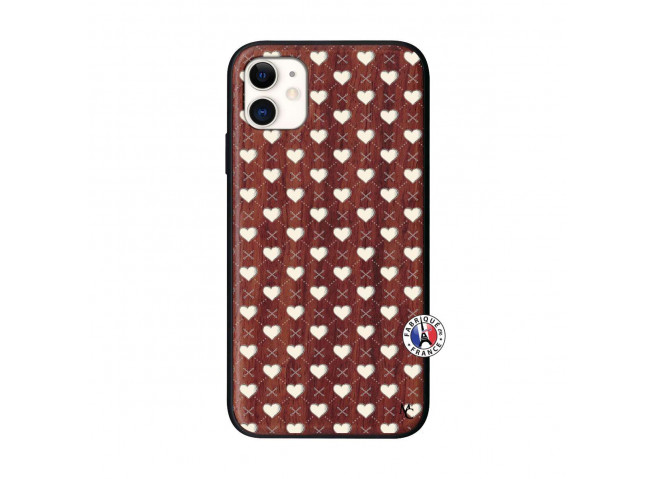 Coque iPhone 11 Little Hearts Bois Walnut