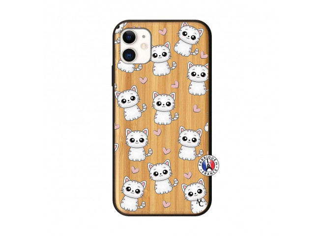 Coque iPhone 11 Petits Chats Bois Bamboo