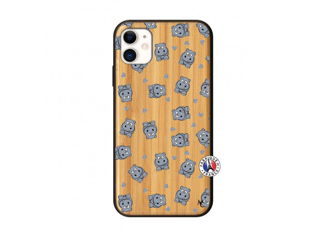 Coque iPhone 11 Petits Hippos Bois Bamboo