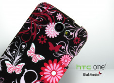 Coque HTC One X  Black Garden