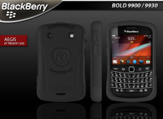 Coque Blackberry Bold 9900/9930 Aegis by Trident
