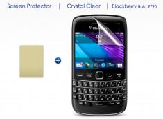 KIT avec 1 film protecteur + 1 chiffon Blackberry Curve 9790