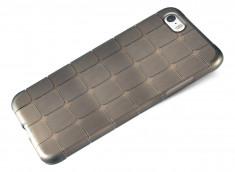 Coque iPhone 5/5S/SE Flex Black Square