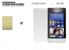 KIT avec 1 film protecteur + 1 chiffon HTC 8S