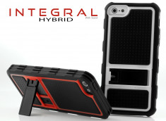 Coque iPhone 5 Integral Hybrid With Stand
