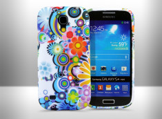 Coque Galaxy S4 mini Retro Flower