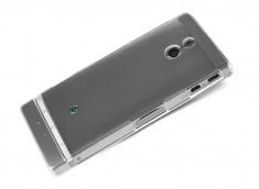 Coque Sony Xperia P Invisible