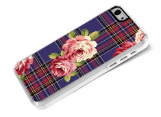 Coque iphone 5C Flowers and Blue Tartan