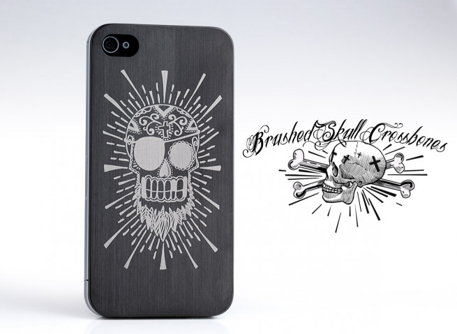 Plaque Arrière iPhone 4/4S Skull and Crossbones by Moxie