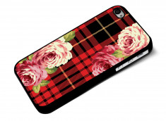 Coque iphone 4/4S Flowers and Red Tartan